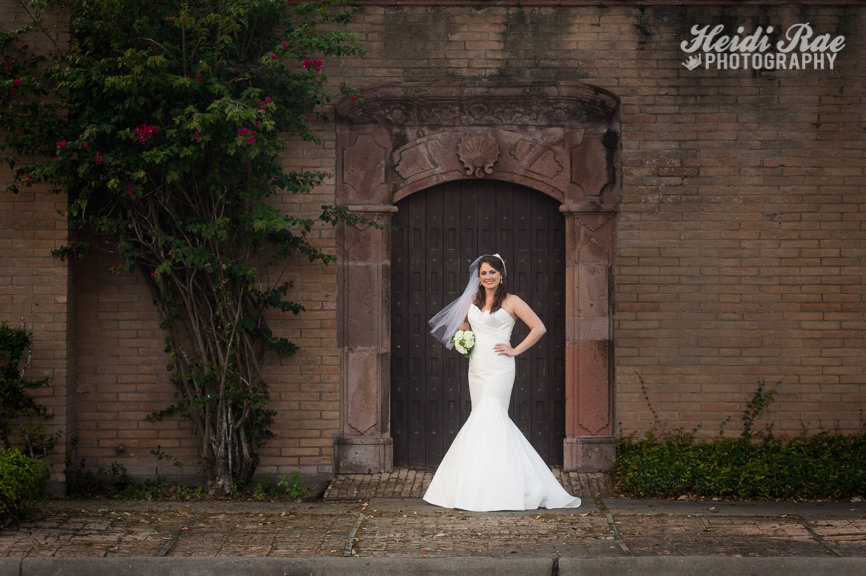 Bride in front of wall in Blucher Park